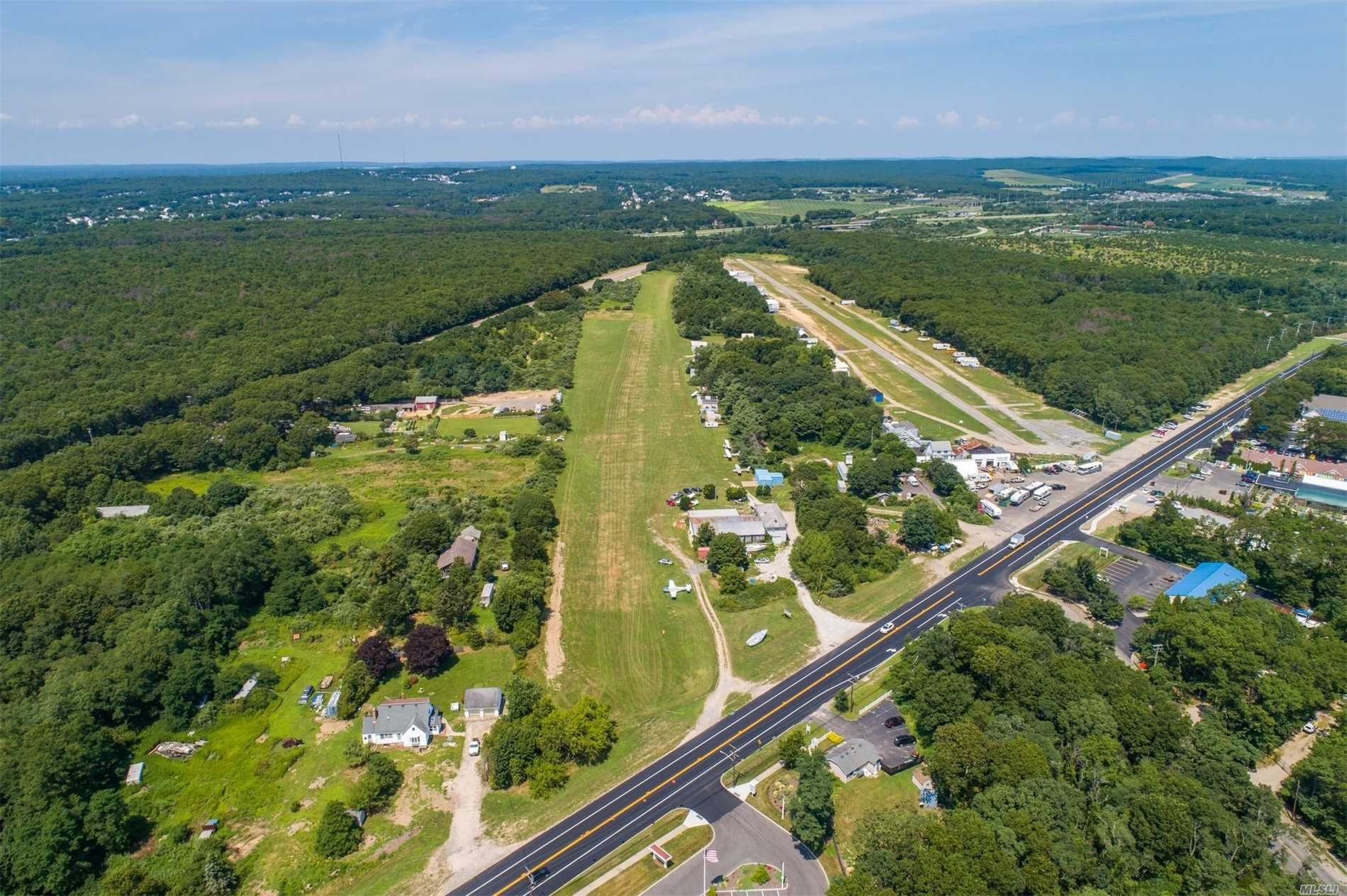 Single Family Home for Sale at East Moriches,NY,United States East Moriches, New York 11940 United States